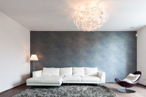 Wohnzimmer Mit Sofa, Sessel Und Licht