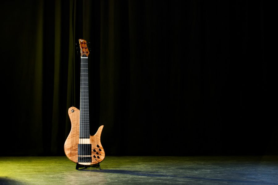 photo of the bass designed by Andreas Neubauer
